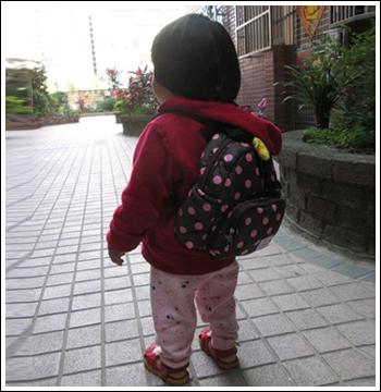 Jumi*北鼻防走失包★小公主的新裝備